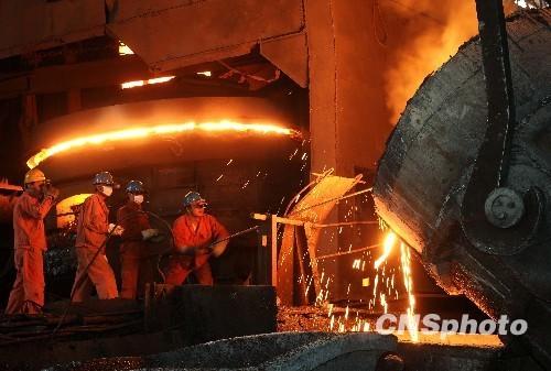 钢厂实际限产多少 钢价为何涨跌两难?